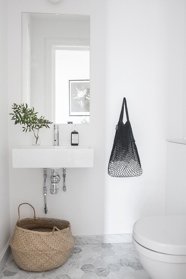Tile Your Bath! Fresh white baths with on-trend accents - Earth 1st ...